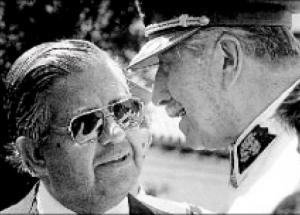 Contreras with Pinochet